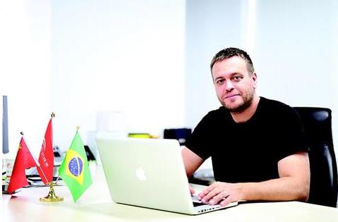 巴西专家托马斯――在光谷挑战下一个不可能