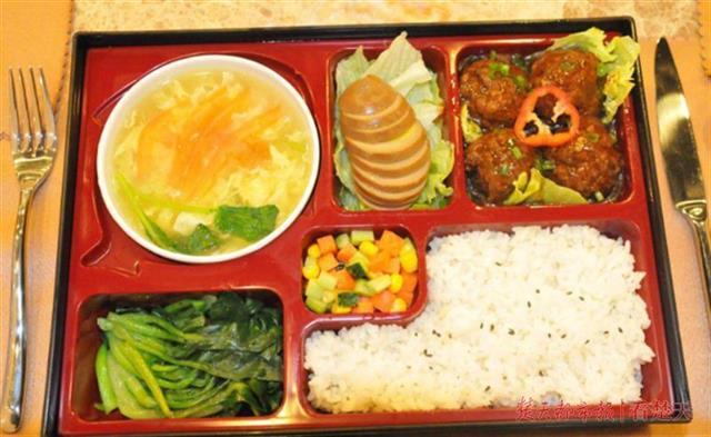 """武汉将推""""健康餐""""项目,医生为市民订制营养餐"""