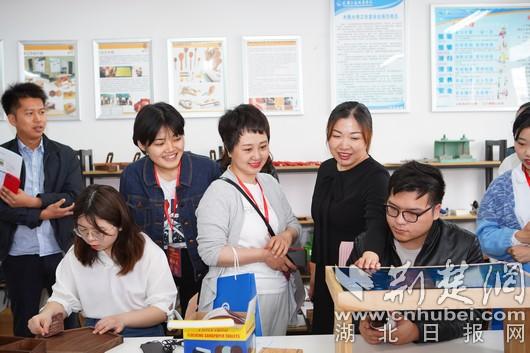 武汉交通职业学院毕业生就业率达97%