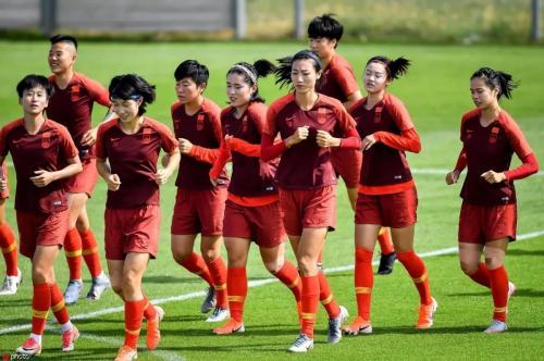 中国女足备战淘汰赛 刘彬彬:队伍做好硬仗准备