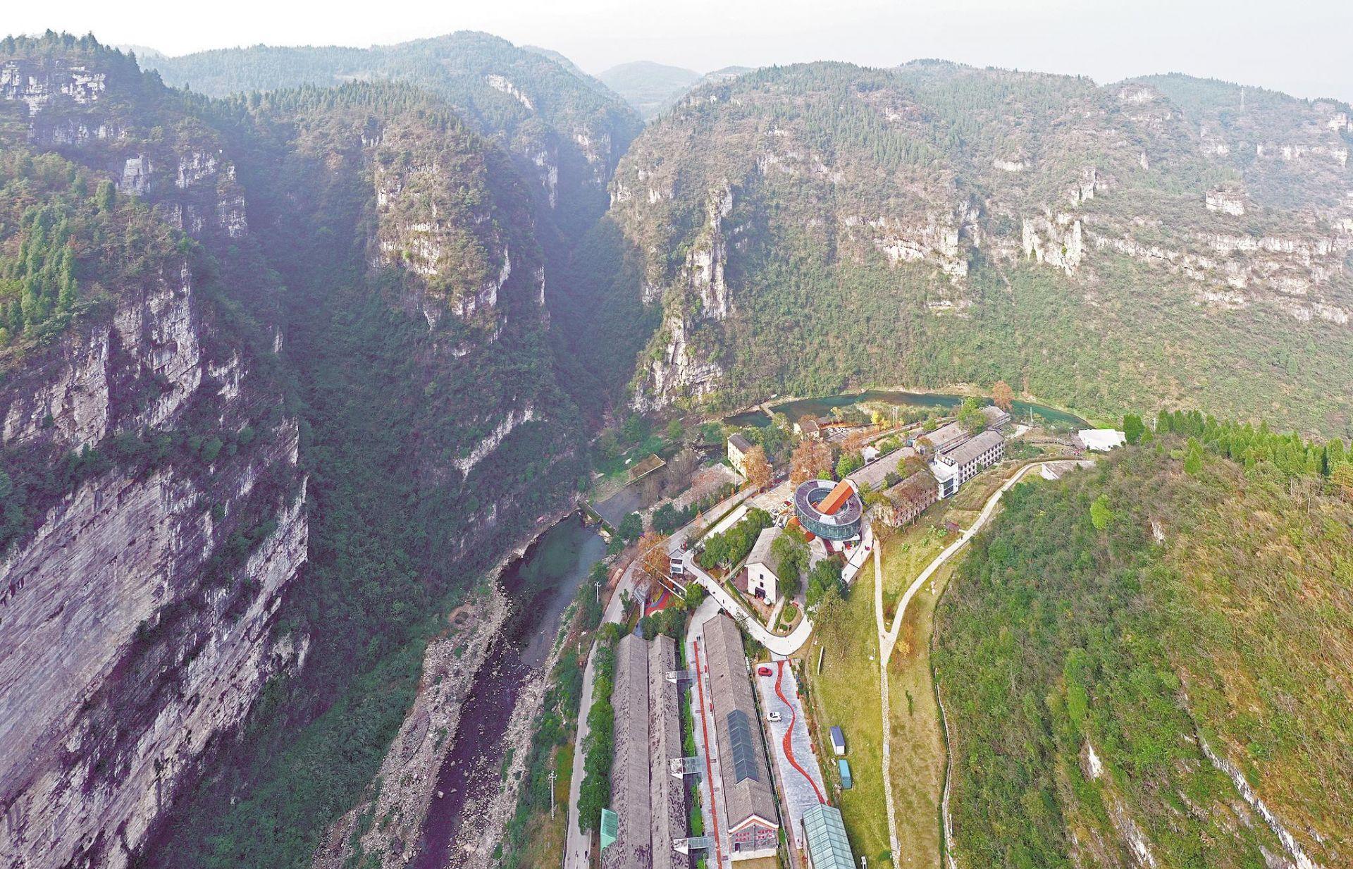 宜昌:废弃工厂成工业旅游景区