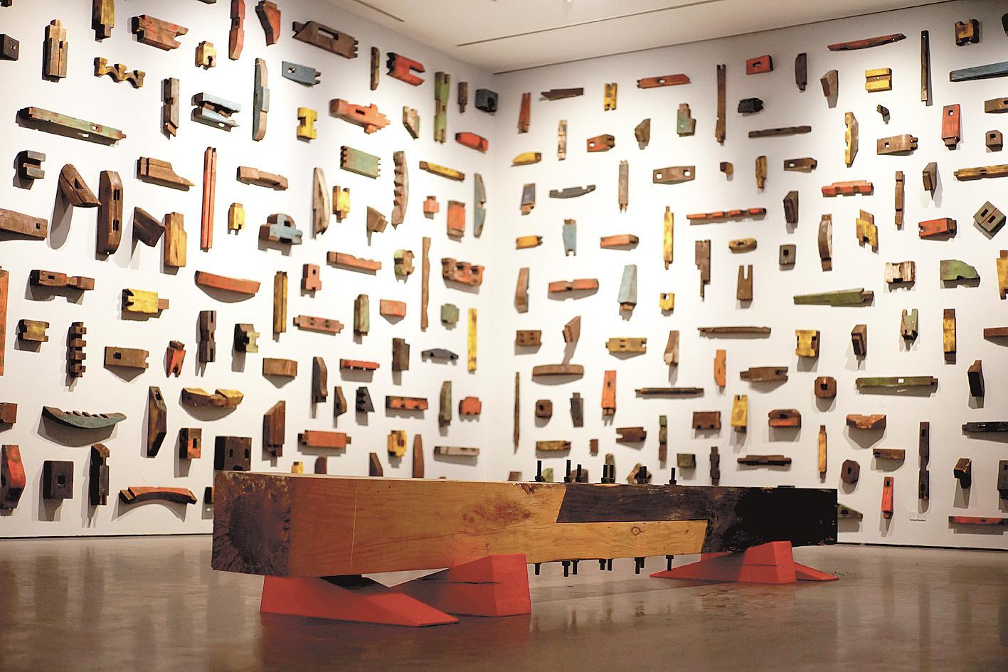 """从传统智慧中寻找当代艺术表达——傅中望""""楔子""""主题雕塑营造中国木结构文化的气场"""