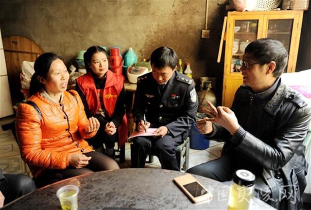 这个民警业余也执着于助人寻亲,6年来共促成100多个家庭团圆
