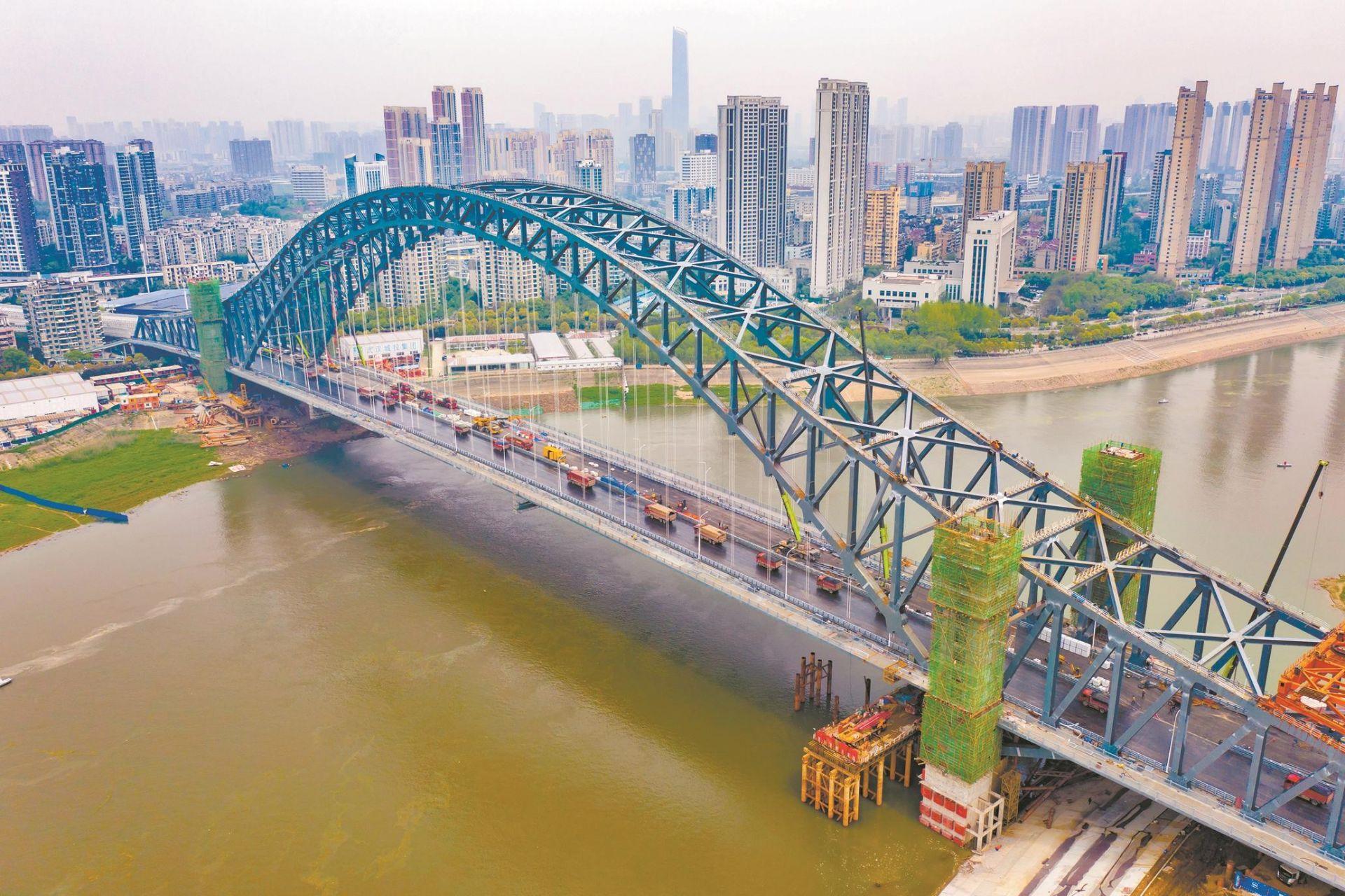 """武汉汉江湾桥向通车冲刺啦"""""""