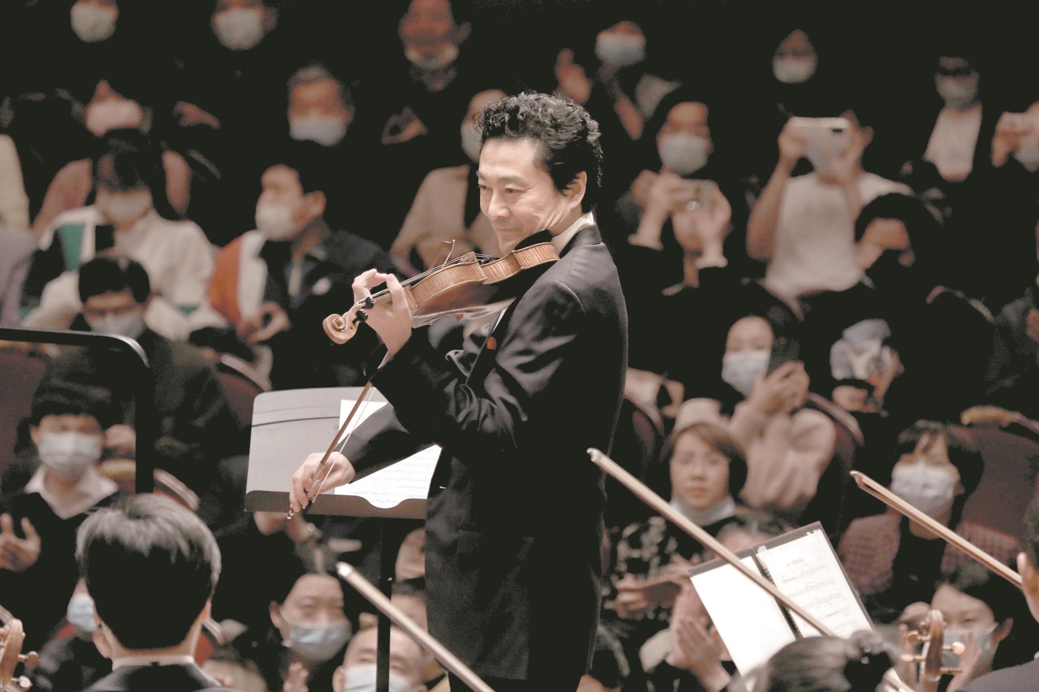 开年来最大规模交响音乐会登陆江城 满场!超1300位观众惊了吕思清