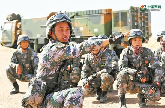 第72集团军某防空旅开展要地防空演练:雷达巡天战车轰鸣