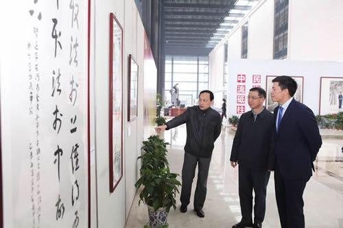 ...经典名句.这些汇集了中国书法界重量级名家的精品力作贴近...