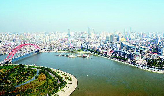 """长江经济带沿线代表共话""""保护母亲河"""""""