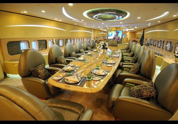 沙特王子24.3亿人民币定制飞行宫殿世界最大私人飞机