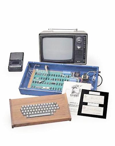 这台apple i苹果计算机是1976年第一批生产的200部之一,由苹果创办