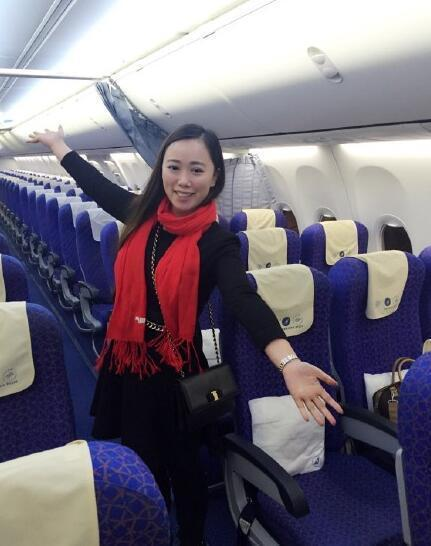 英国女作家坐飞机成唯一乘客 武汉一女子也享受了包机