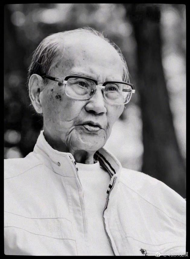 """漫画家方成去世,享年100岁,这位武大校友是中国漫画界""""三老"""""""