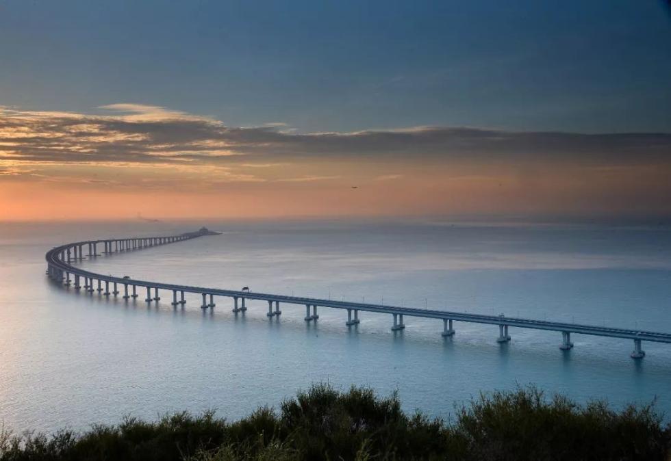 震撼 一张长图带你领略港珠澳大桥