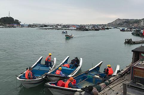 福建泉港碳九泄漏:官方将出台理赔方案,解决厂居混杂难题