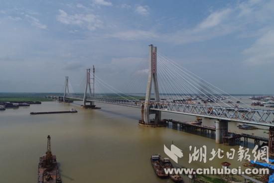 这座大桥主体刚刚完工 就已申报12项国家专利
