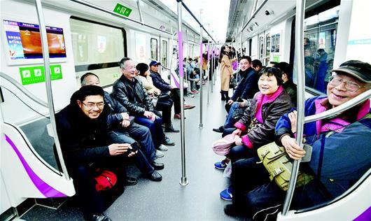 武汉在用地铁达8条 总里程超过法国巴黎