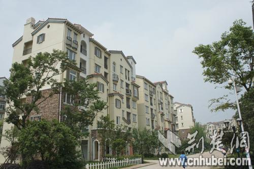 """武汉市部分银行下调首套二套房贷款利率 房贷利率现""""拐点"""""""