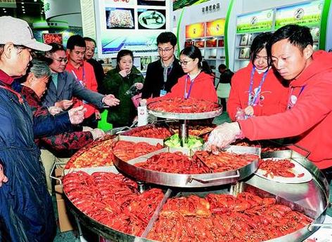 首届楚菜博览会喷香中落幕 28桌宴席各有滋味20余位大师秀出绝活