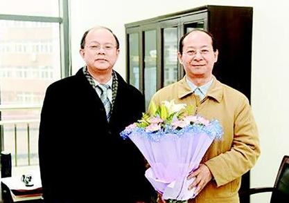 武汉教授成俄罗斯工程院外籍院士