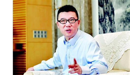 """对话湖北历史上最年轻的省作协主席李修文:好作品能帮人辨认""""何为中国"""""""