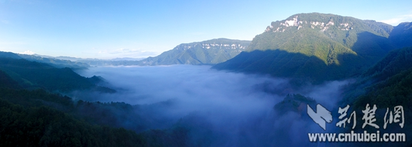 雾天云海.jpg