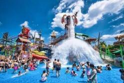 玛雅海滩水公园开门迎客 江城迎来夏日玩水季
