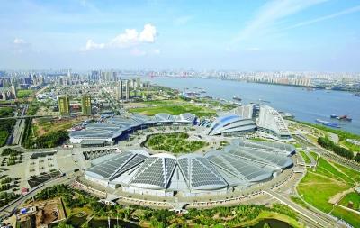 武汉长江主轴四大工程建设启动 交通轴景观轴明年10月初步形成