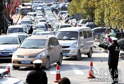 武汉第二季度拥堵排全国百城第35 珞狮路和长江隧道拥堵天数最多
