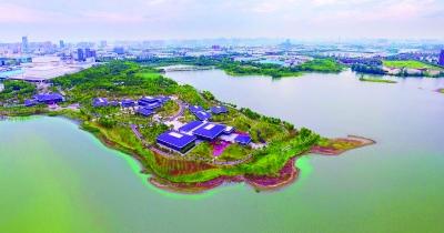 武汉首推河湖渠全天候管护:无人机紧盯,湖长快速处置