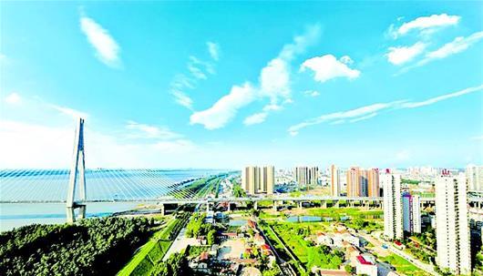 3500年的武汉因军运更加美丽 代表中国创造世界军运会史三项第一