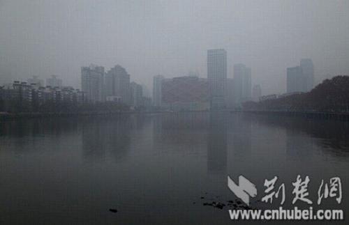 -3.8℃!武汉气温昨创新低 未来三天仍有中度污染
