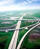湖北五年来交通完成公路、水路固定资产投资2375亿元