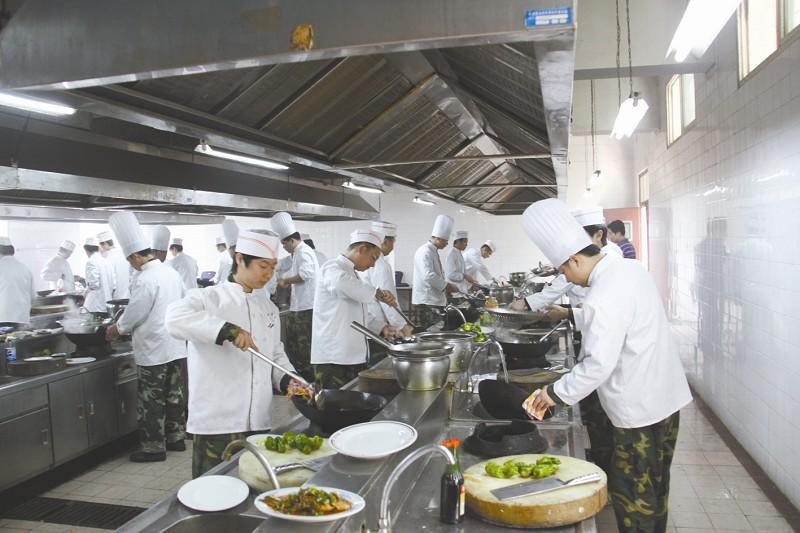 湖北全力推进自主就业退役士兵免费教育培训(