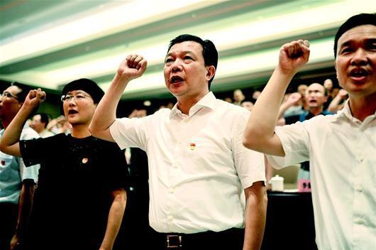 追记因公牺牲的武汉市委常委、组织部部长杨汉